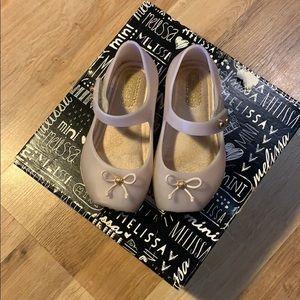 Mini melissa ballet flats style shoe sz 6